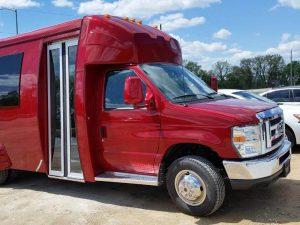 Chartered Van for Rent in Des Moines, Iowa